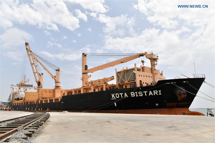 KENYA-MOMBASSA-STANDARD GAUGE RAILWAY-CHINA-LOCOMOTIVES
