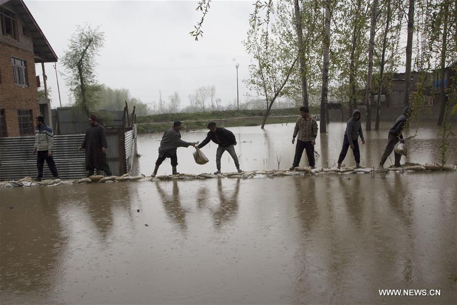 KASHMIR-SRINAGAR-FLOOD