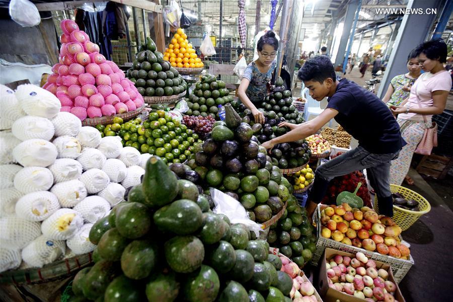 MYANMAR-YANGON-CHINA-FRUIT EXPORT
