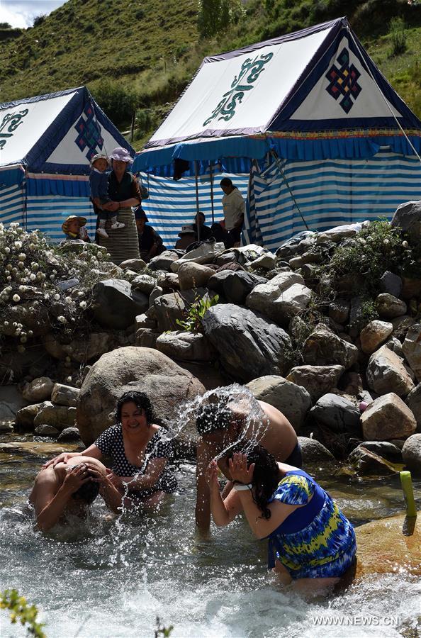 Local Tibetans celebrate annual Bathing Festival