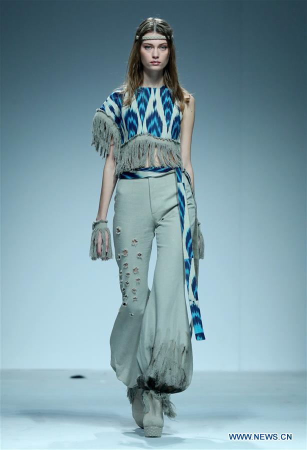 """Vaizdo rezultatas pagal užklausą """"highlights of china fashion week in beijing"""""""