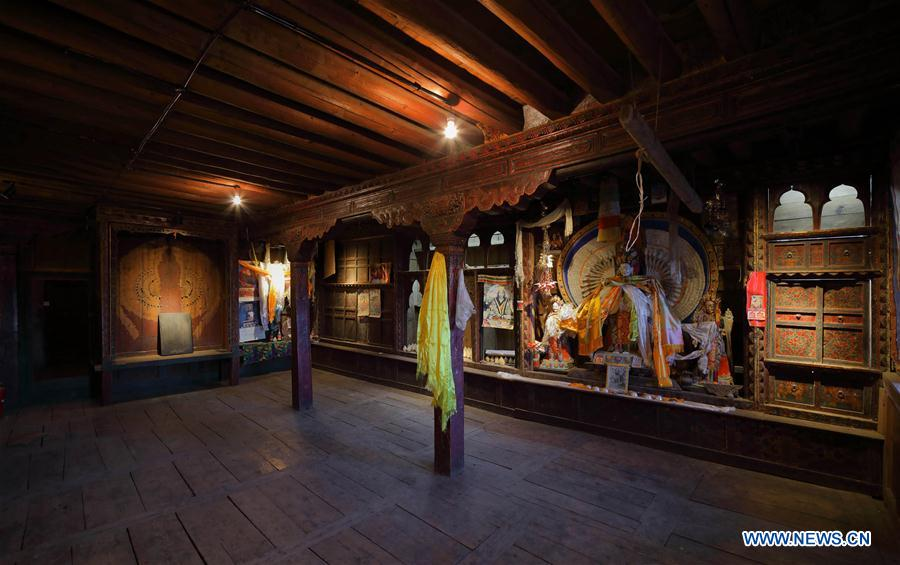 CHINA-SICHUAN-DAOCHENG-ANCIENT HOUSE (CN)