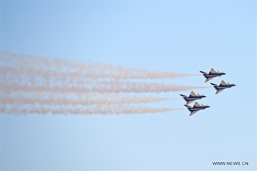 UAE-DUBAI-AIRSHOW 2017-CHINESE AIR FORCE-AUGUST 1ST AIR DEMONSTRATION TEAM