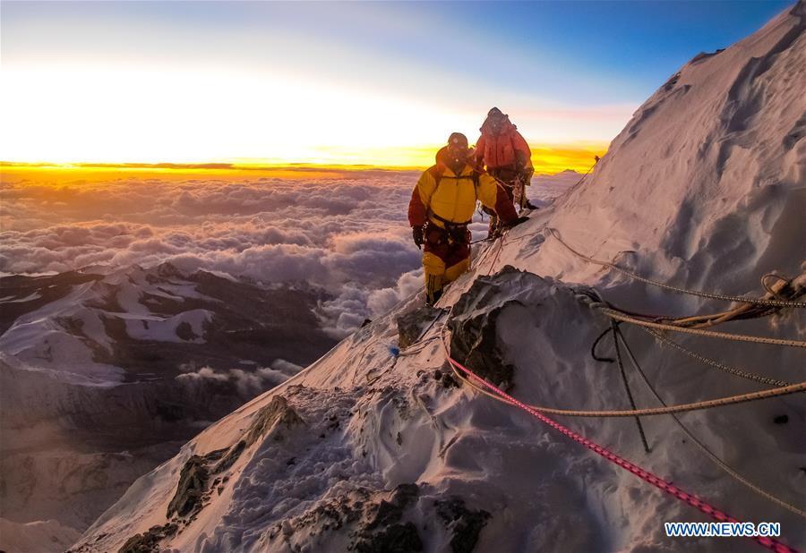 CHINA-TIBET-LHASA-PHOTO EXHIBITION-QOMOLANGMA (CN)