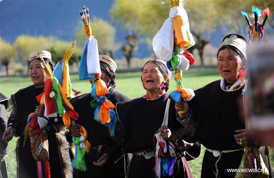 Tibetans celebrate Kongpo New Year