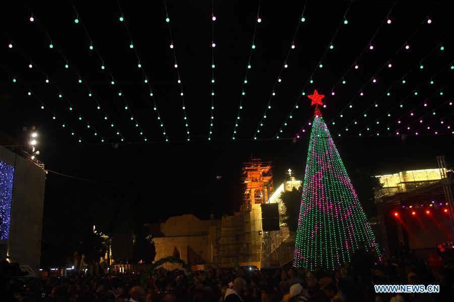 Main Christmas tree lit up in Bethlehem - Main Christmas Tree Lit Up In Bethlehem - Xinhua English.news.cn