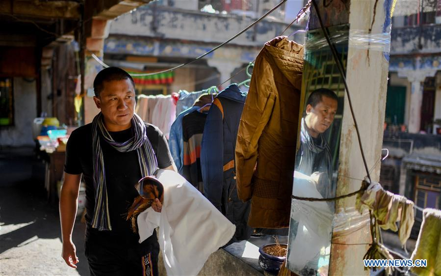 CHINA-TIBET-LHASA-FASHION DESIGNER (CN)