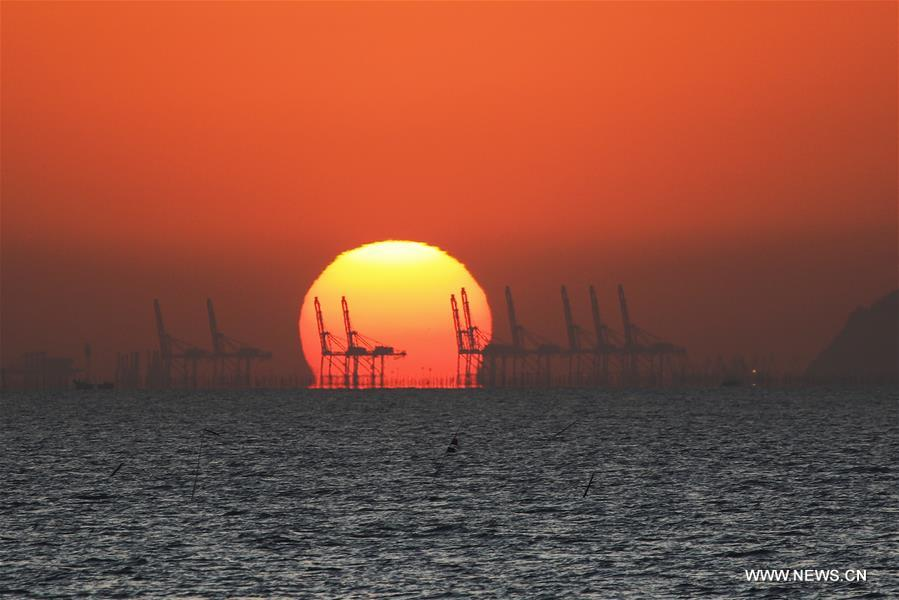 sunrise scene in east china s jiangsu xinhua english news cn