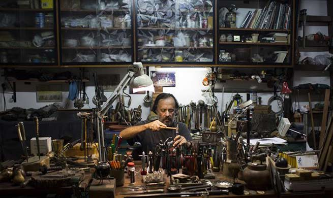 Craftsman makes mate tea sets in Buenos Aires, Argentina