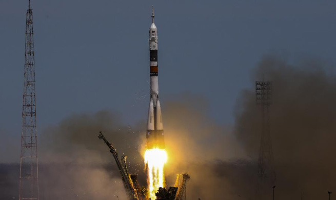 Russia launches Soyuz spacecraft with two-men crew to ISS