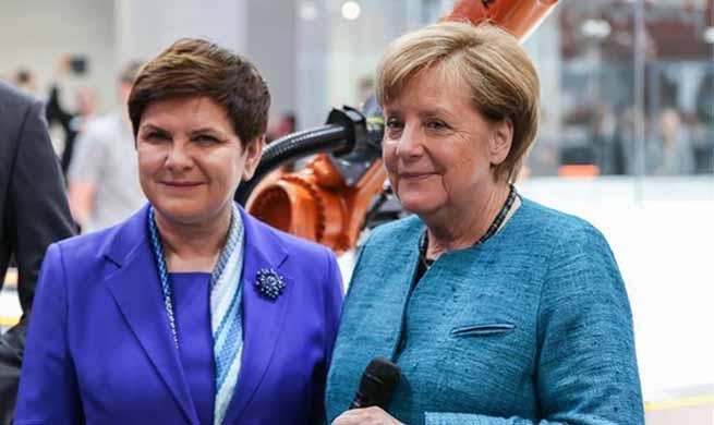 German chancellor, Polish PM visit Hanover Messe 2017