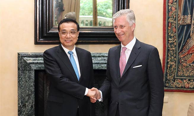 Chinese premier meets Belgium's King Philippe in Brussels