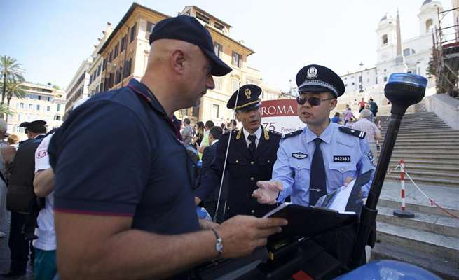 Joint China-Italy police patrols launched in Rome