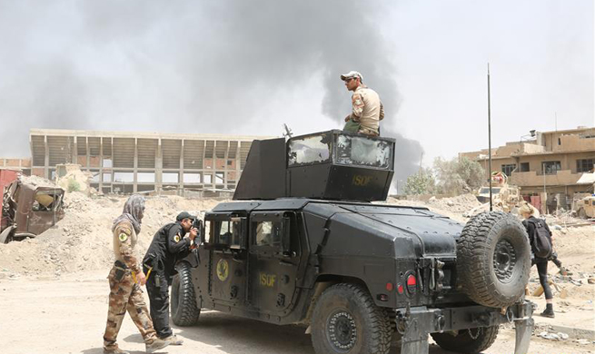 Iraqi forces continue push against IS militants in Mosul