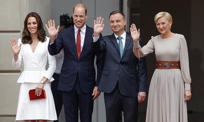 Prince William, Kate visit Poland
