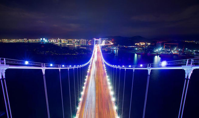 1,400 night view projects lightened up in Xiamen