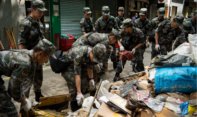 Troops from PLA Macao Garrison mobilized for typhoon disaster relief in Macao