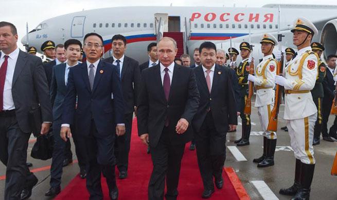 Putin arrives in Xiamen to attend BRICS Summit