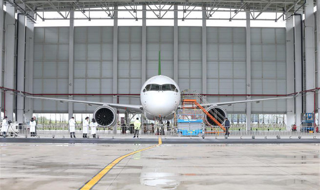 China's C919 jumbo jet receives new orders
