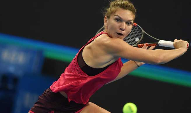 Halep beats Sharapova 2-0 at China Open women's third round