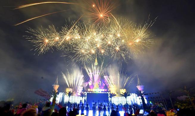 Fireworks light up Mid-Autumn Festival in NE China