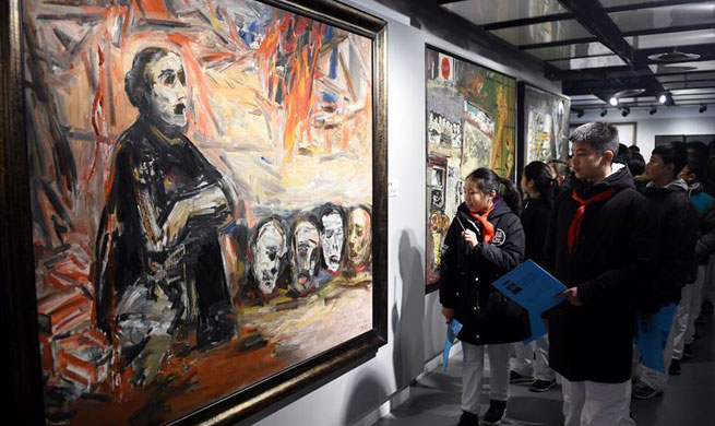 Art exhibition held in Beijing to mark Nanjing Massacre anniversary