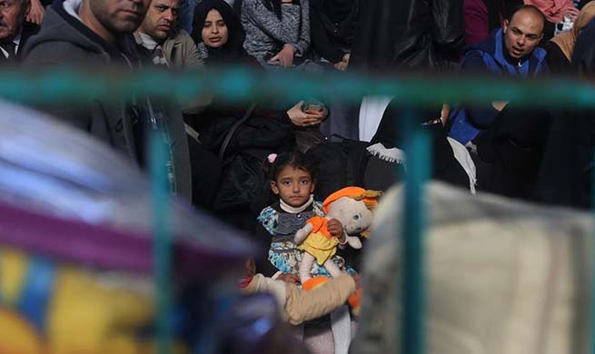 Egypt temporarily opens Rafah crossing point on borders with Gaza Strip