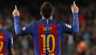 Barcelona beats Valencia 4-2 during Spanish 1st division soccer match