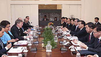 Chinese premier, New Zealand's counterpart hold talks in Wellington