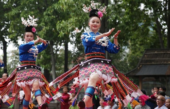 People around China celebrate Sanyuesan Festival