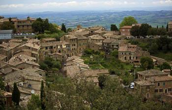In pics: amazing landscape of Montalcino in Italy