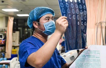 Pic story of male nurses working in central China