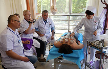 Russian medical workers attend training course of TCM in Lanzhou