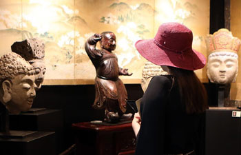 10th Int'l Antiques Fair held in Hong Kong