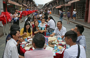 People enjoy soup feast to mark Duanwu Festival in SW China's Sichuan