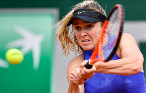 Yaroslava Shvedova beats Elina Svitolina in French Open