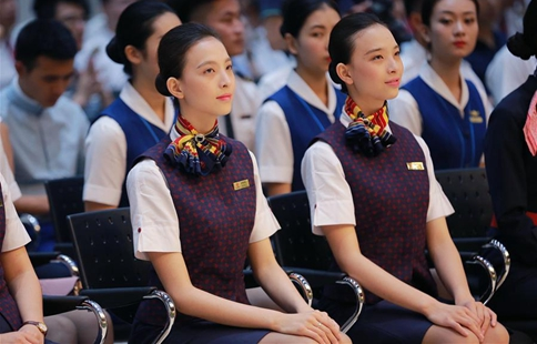 Students graduate from Civil Aviation University of China