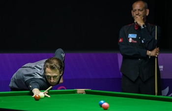 Trump/Hawkings beat Ursenbache/Paris 5-0 at Snooker World Cup