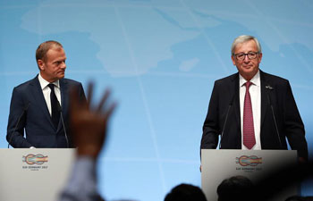 Tusk, Juncker attend news briefing before G20 Summit