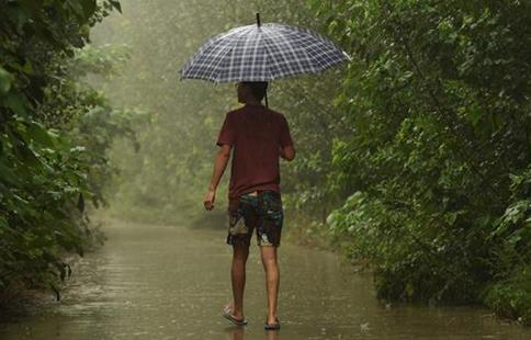 Beijing greets rainfall