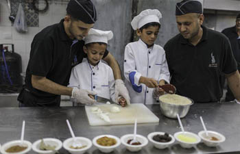Young chef training course held for Palestinian children in Gaza City