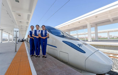 1st high speed railway in Inner Mongolia starts operation