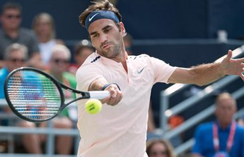 Federer beats Bautista Agut 2-0 to roll into Rogers Cup semifinals