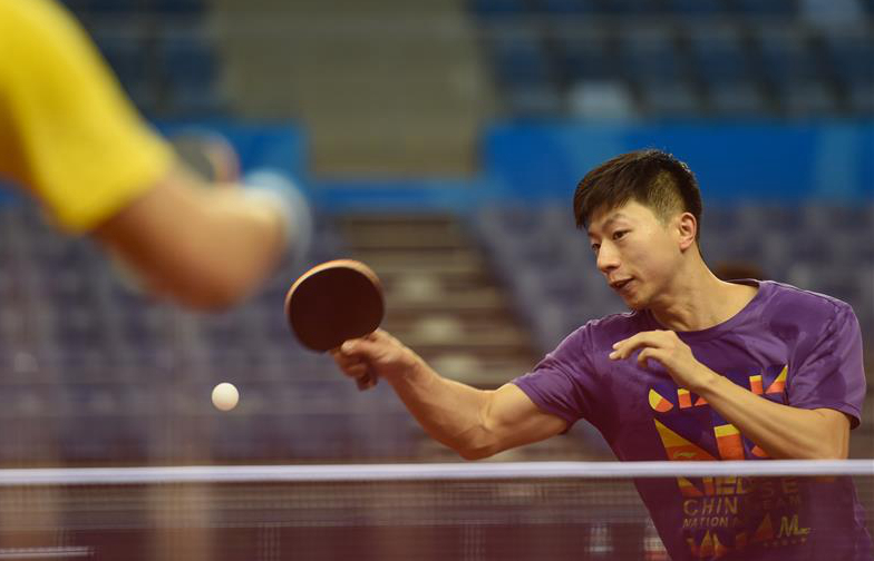 Players prepare for table tennis match at Chinese National Games