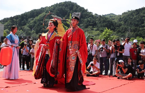 Cultural festival held at Great Wall in Beijing