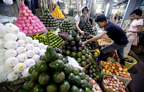 Myanmar exports about 95 percent of fruits to China