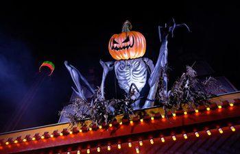 People enjoy fun of Halloween in Sweden