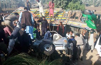 20 killed, 2 injured in road accident in Pakistan's Khairpur