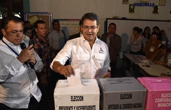 Hondurans vote for new leader