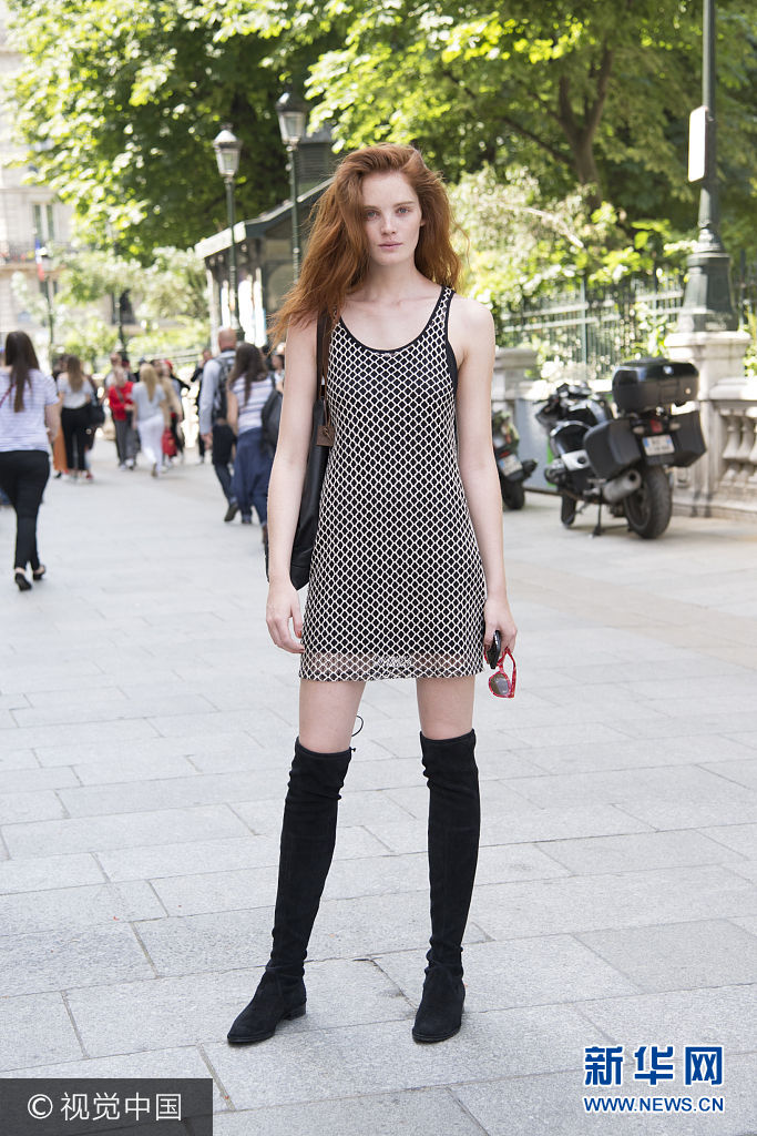 ***_***PARIS, FRANCE - JULY 6: Model Alexia Graham wears a Zara dress, Stuart Weitzman boots and Jack Gomme bag day 4 of Paris Haute Couture Fashion Week Autumn/Winter 2016, on July 6, 2016 in Paris, France. (Photo by Kirstin Sinclair/Getty Images)